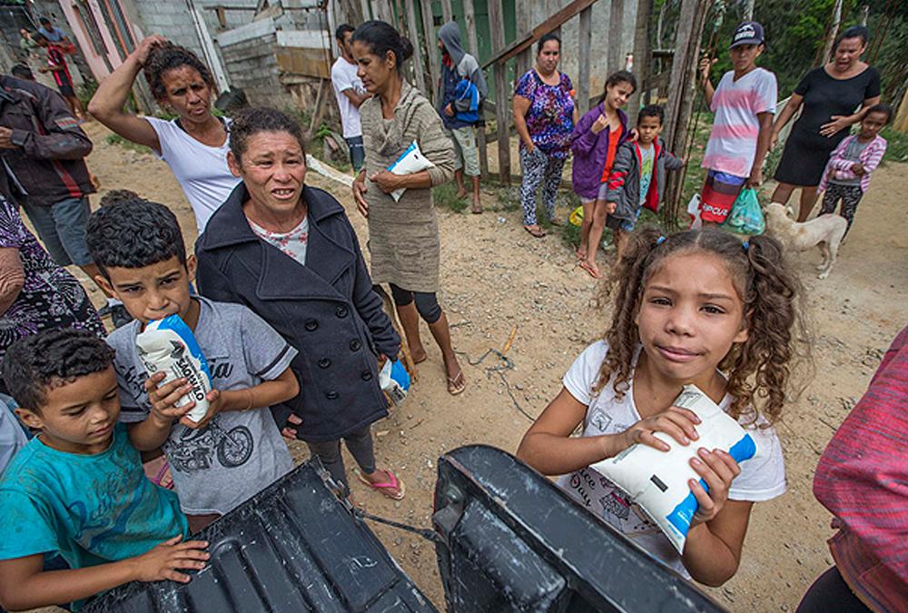 Reforma da Previdência vai retirar R$ 900 bilhões das famílias mais pobres do Brasil