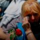 Com pranto e paixão, milhares de argentinos se despedem de Maradona