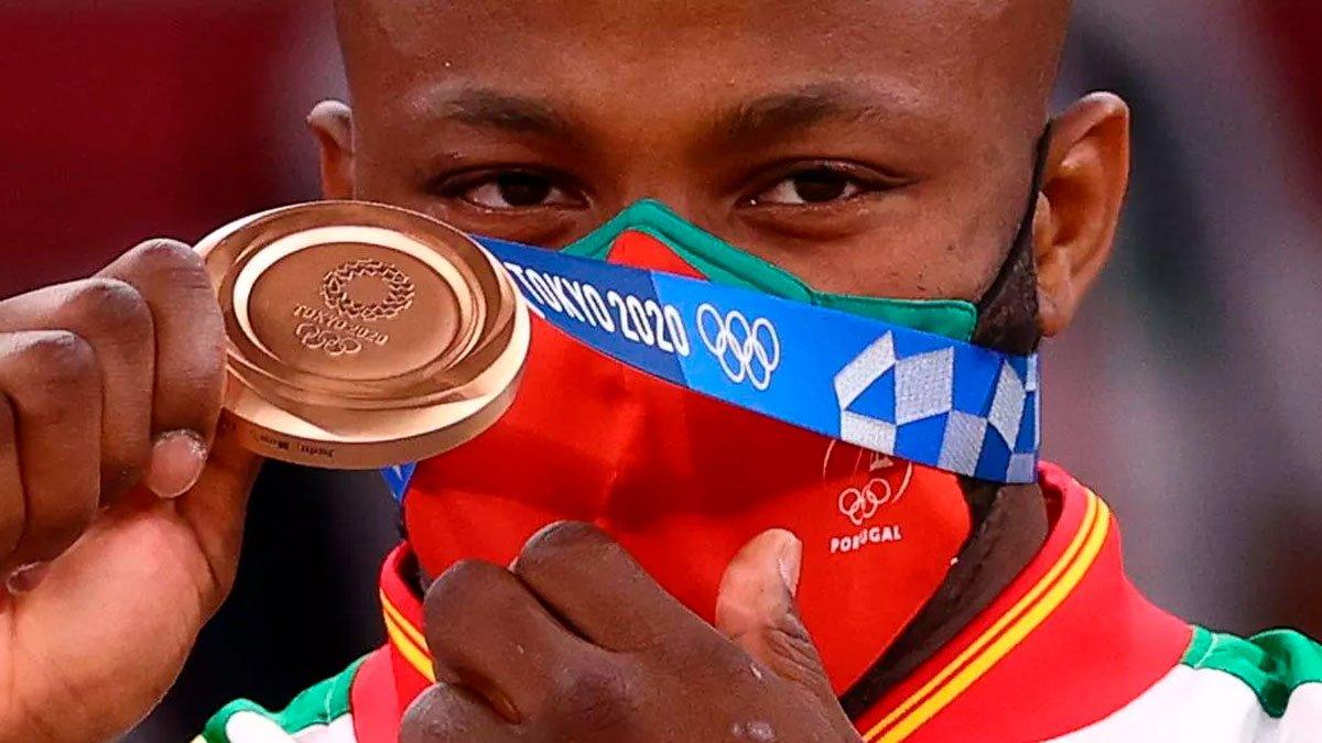 """Bronze no Judô, Jorge Fonseca dedica medalha a Adidas e Puma: """"me disseram que eu não tinha capacidade"""""""
